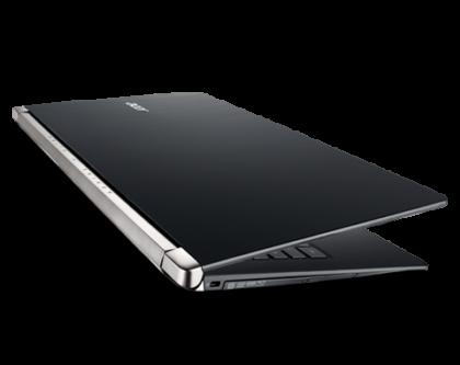 ACER Aspire V15 Nitro Core i7 laptop 1