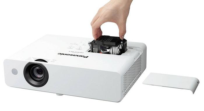 ویدئو پروژکتور پاناسونیک مدل Panasonic PT-LB423